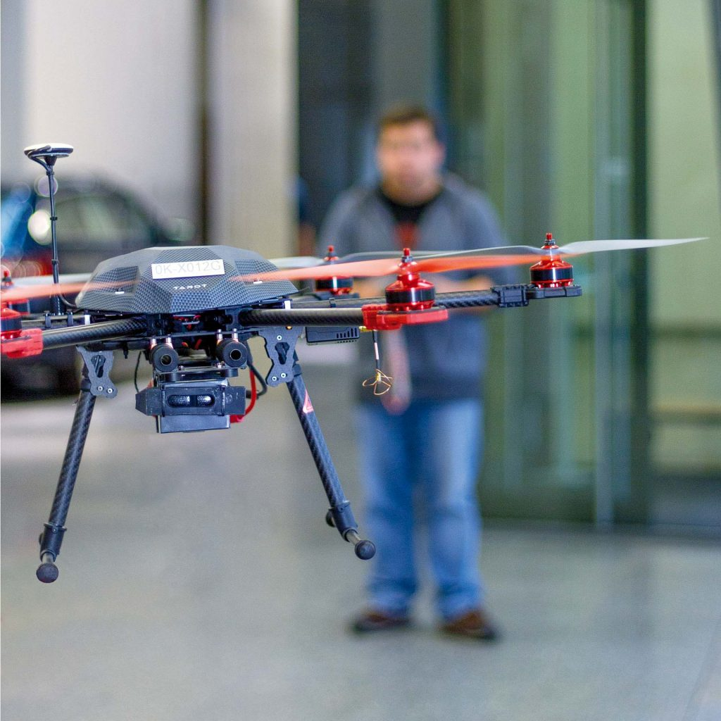 FM - dron