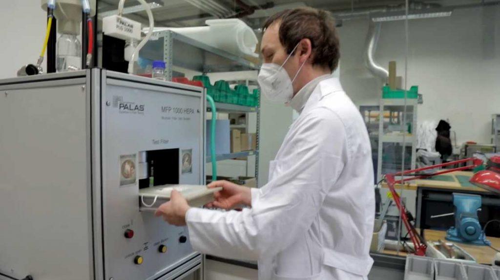 Testování respirátorů (CXI)
